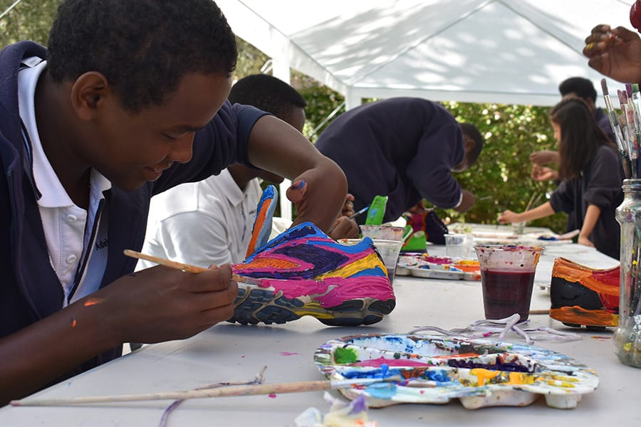 Creative shoe painting at sanaa workshop