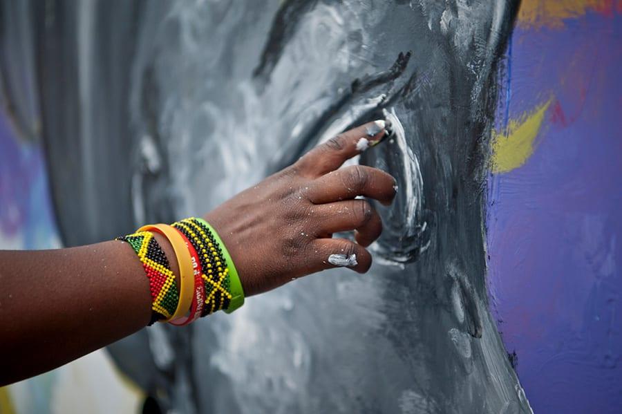 Hand creating art Sanaa Festival 2018