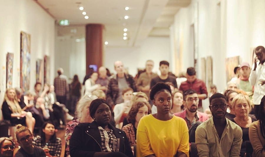 Crowd at Sanaa story telling - Poetry - 2018