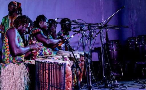 Sanaa performers, Sanaa regional showcase